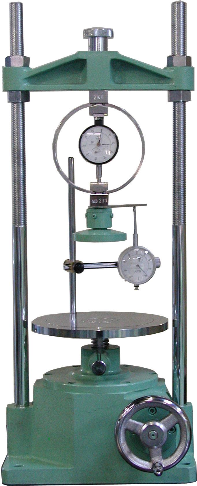 手動式一軸圧縮試験機 A:3kN B:1kN C:500N